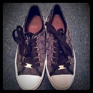 Coach sneakers size 6